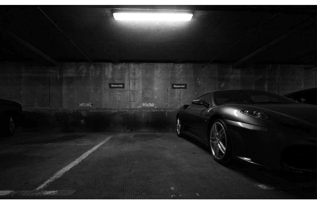 Ferrari F430 garage